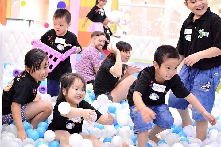 Dã ngoại YES! Kids Tiếng Anh qua vận động và trò chơi