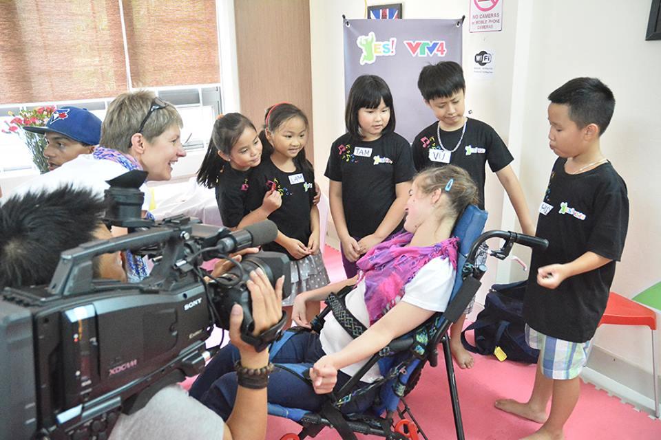 VTV4 Talk Vietnam YES! kids tiếng Anh trẻ em qua vận động và trò chơi